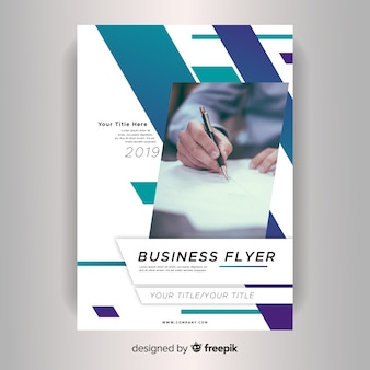 Professionelle business flyer vorlage