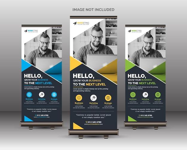 Professionelles kreatives roll-up-banner-vorlagendesign mit blauen, gelben und grünen farbvariationen
