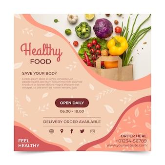 Quadratische flyer-vorlage für gesundes essen