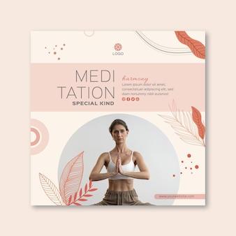 Quadratische flyer-vorlage für meditation und achtsamkeit