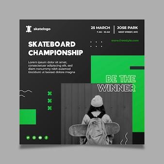 Quadratischer flyer mit farbverlauf beim skateboarden