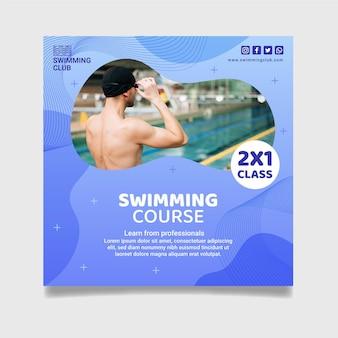 Quadratischer flyer zum schwimmunterricht Premium Vektoren