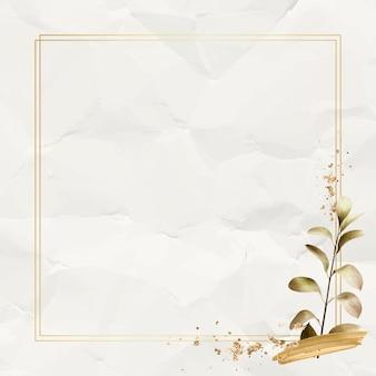 Quadratischer goldrahmen mit metallischem eukalyptusblatthintergrund