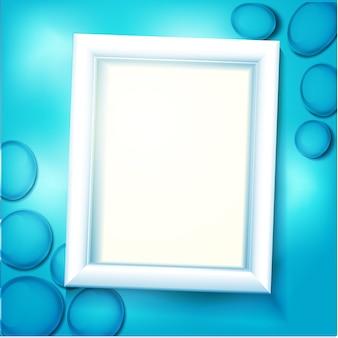 Rahmen unter wasser, blauer hintergrund mit seekieseln und wellen