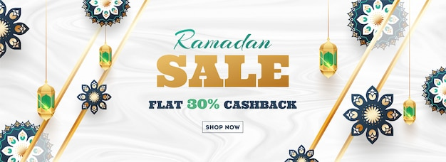 Ramadan sale flat 30% cashback header oder banner design. decorati