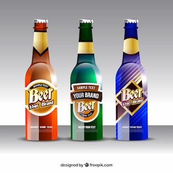 Realistische bierflaschensammlung mit aufkleber