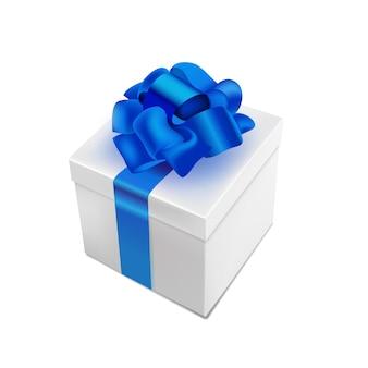Realistische geschenkbox mit fliege isoliert auf weiß