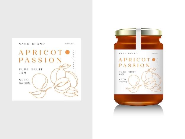 Realistische glasflaschenverpackung für fruchtmarmelade-design. aprikosenmarmelade mit design-label, typografie, linie aprikosen-symbol. mock-up-behälter oder glas