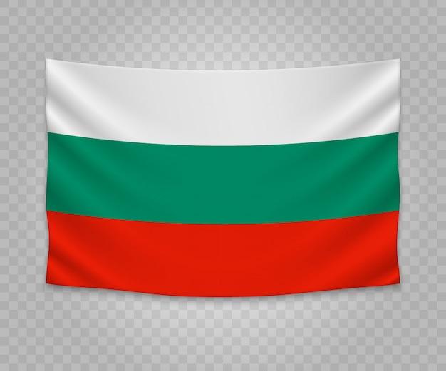 Realistische hängende flagge von bulgarien