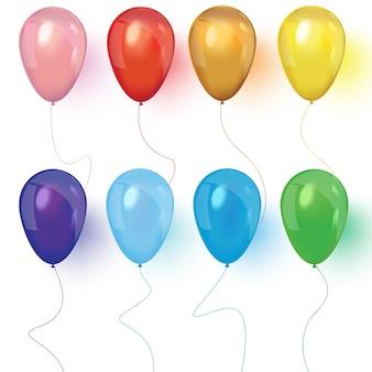 Realistische luftballons, isoliert auf weiss