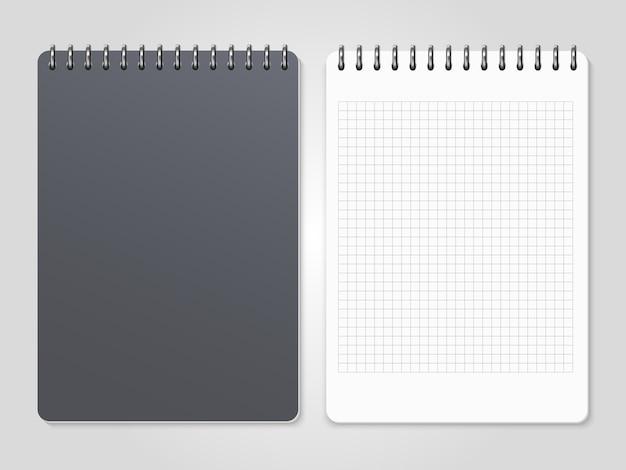 Realistische notizbücher mit spiralförmigem einband und linierter seite