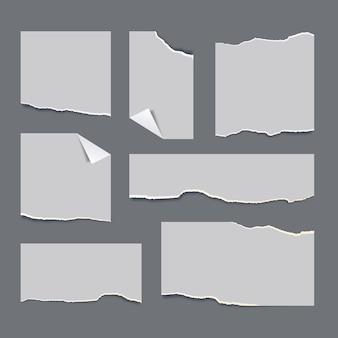 Realistische sammlung zerrissener papiere