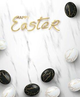 Realistische schwarz-weiß-ostereier mit goldenen rissen im kitsugi-stil auf marmor mit begrüßungstext.