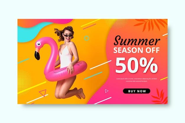 Realistische sommerverkaufsfahnenschablone mit foto