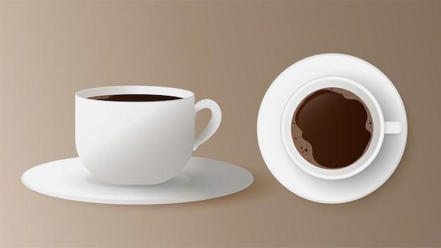 Realistische tasse mit kaffeeset. weiße tasse auf untertassen- und draufsicht. espresso lokalisiert auf einem weißen hintergrund.