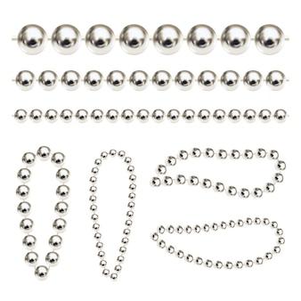 Realistische vektor-silberketten luxus-edelperlen für schlüsselanhänger oder armband
