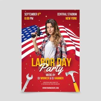 Realistische vertikale flyer-vorlage für den arbeitstag mit foto