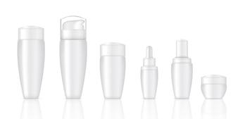 Realistische weiße kosmetische Seifenflaschen