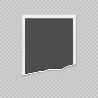 Realistische zerrissene fotokarte mit zerrissenen kanten