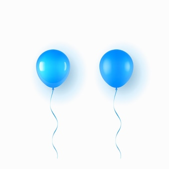 Realistischer blauer ballon lokalisiert auf weißem hintergrund
