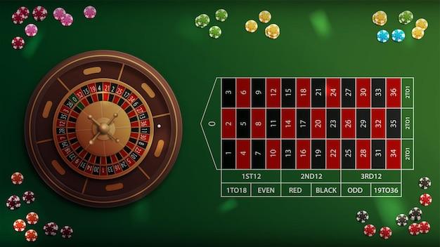 Realistischer casino-roulette-grüntisch mit pokerchips, ansicht von oben