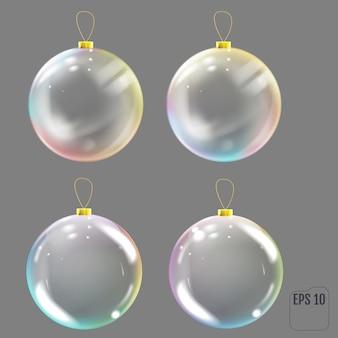 Realistischer glasweihnachtsball. transparentes weihnachtsbaumspielzeug mit farbigen reflexionen