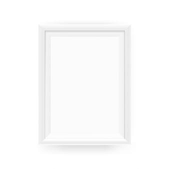 Realistischer leerer weißer bilderrahmen an einer wand. vektorabbildung getrennt auf weiß
