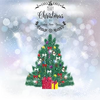 Realistischer weihnachtsbaum mit dekorationen