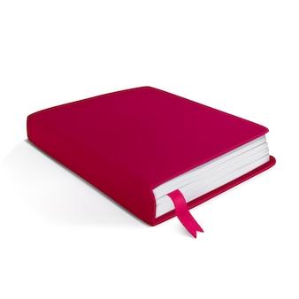 Realistisches kleines rotes notizbuch auf weißem hintergrund