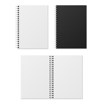 Realistisches notizbuch. leere, offene und geschlossene spiralbinder-notizbücher. papierorganisator und tagebuchvorlage isoliert