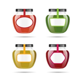 Realistisches transparentes glas mit marmelade, konfekt oder sauce.
