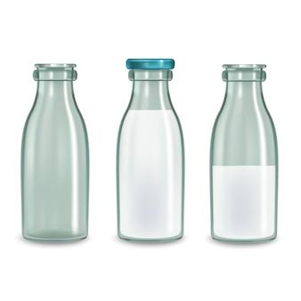 Realistisches transparentes glasmilchflaschenset.