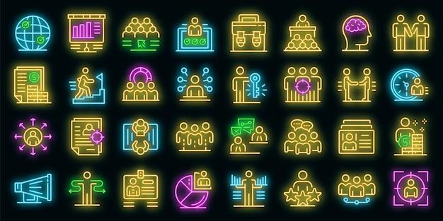Recruiter-symbole gesetzt. umrisse von recruiter-vektorsymbolen neonfarbe auf schwarz