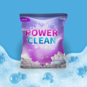 Reinigungsmittelvektordesign auf taschenpaketschablone mit realistischem schaum auf hintergrund. abbildung des reinigungsmittelpaketpulvers für hygiene und wäsche