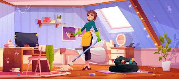 Reinigungspersonal mit besen trägt gummihandschuhe und schürze steht in unordentlichem innenraum mit verstreutem müll