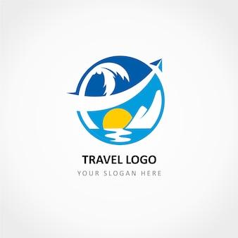 Reise-logo mit dem flugzeug gekreuzt