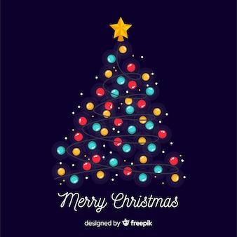 Reizender weihnachtsbaum mit bunten lichtern