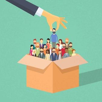 Rekrutierung hand kommissionierung business person kandidat aus box