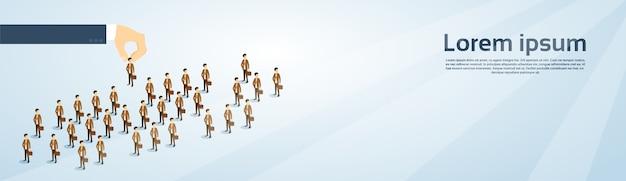 Rekrutierungs-hand, die geschäftsperson auswählt