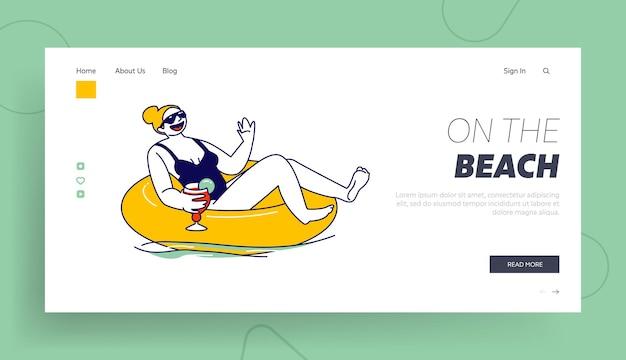 Resort oder hotel entspannen sie in der vorlage für schwimmbad-, ozean- oder meereslandeseiten.