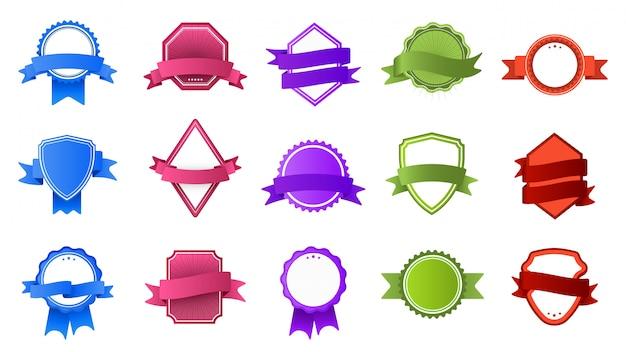 Retro-abzeichen mit bandbannern. vintage farbetikett, stempelrahmen und modernes abzeichen-set. sammlung von bunten logos auf weißem hintergrund. logos mit banderole