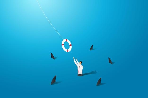 Retten sie den geschäftsmann vor dem ertrinken im meer, umgeben von haien, retten sie das geschäft, um zu überleben