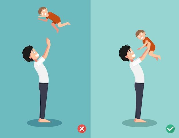 Richtige und falsche spielweisen mit dem baby