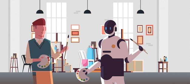 Roboter- und menschenmaler, die malerpinsel- und palettenrobotercharakter gegen den mann zusammenhalten, der im flachen horizontalen porträt des technologiekonzeptes der künstlichen intelligenz des studios der modernen kunst zusammensteht