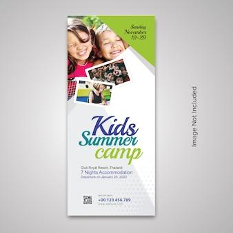 Rollup-banner für das sommercamp für kinder