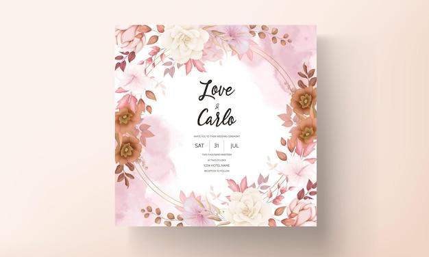 Romantische hand gezeichnete elegante braune blumenhochzeitseinladungskarte