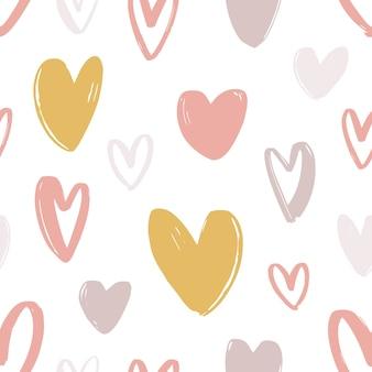 Romantisches nahtloses muster mit niedlichen stilisierten handgezeichneten herzen.