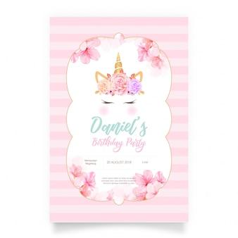 Rosa glückwunschkarte mit einem weißen einhorn und einem goldfunkeln