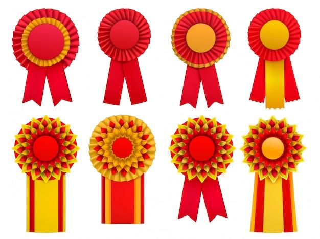 Rote goldene gelbe dekorative medaille spricht circulair rosettenausweis-anstecknadeln mit realistischem satz der bänder zu