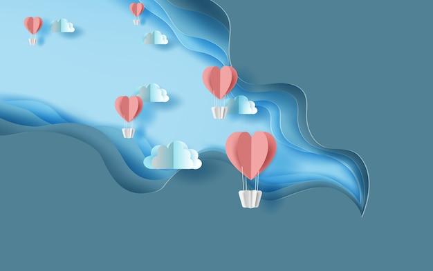 Rote herzballonluft der papierkunst fliegt auf himmel